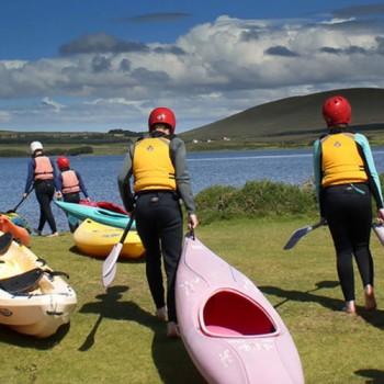 kayaking-getting-ready
